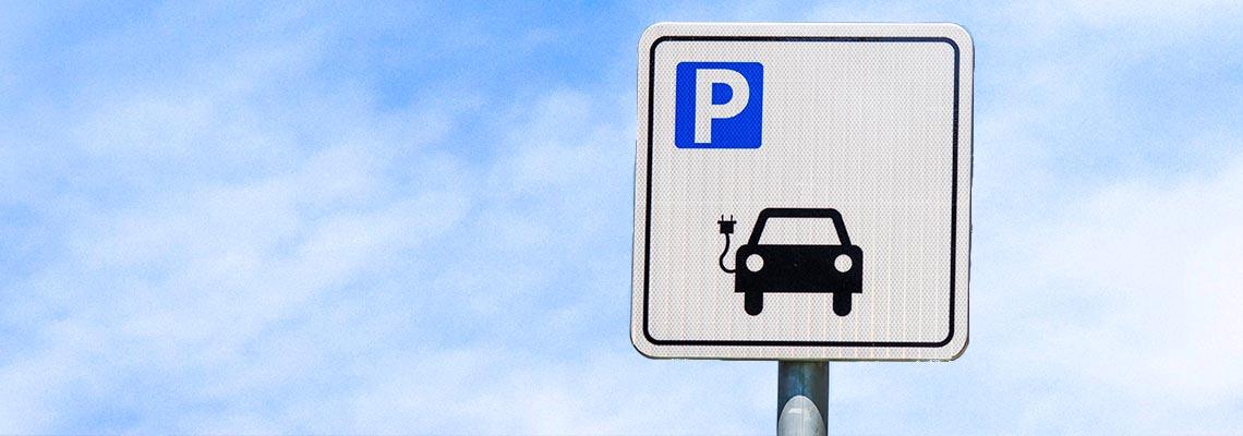 Halv parkeringsavgift for elbiler